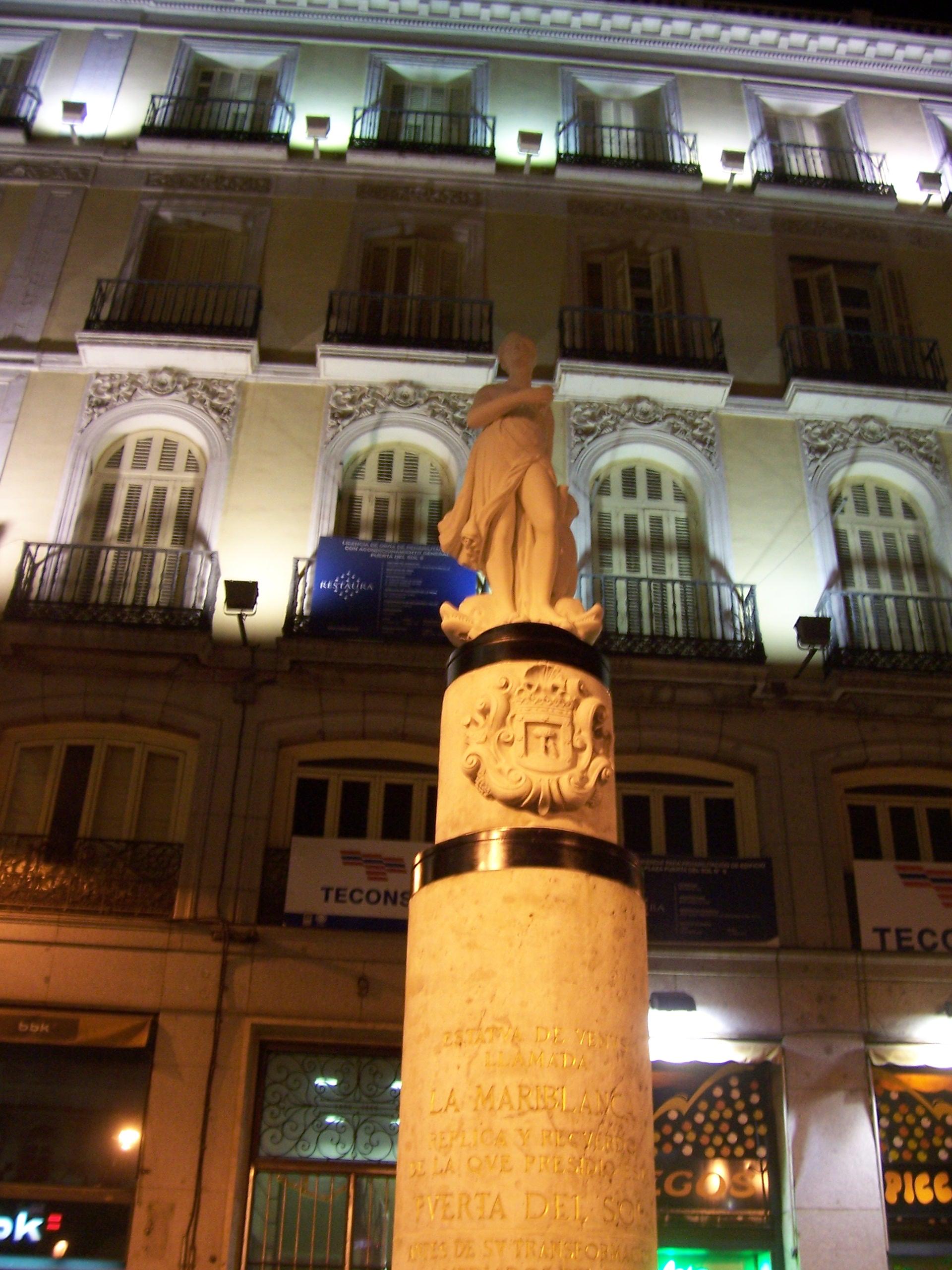 Estatua puerta del sol fotos de ltimas fotos for Puerta del sol hoy