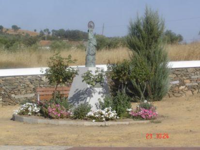 Virgen de los Remedios en la Cruz