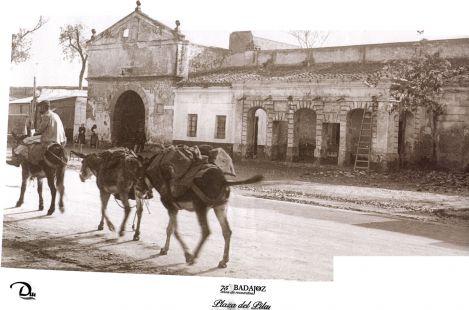 Puerta Pilar