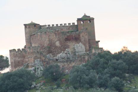 con castillo hermoso