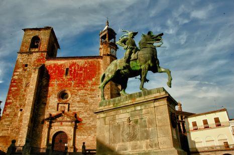 Trujillo. Estatua de Pizarro