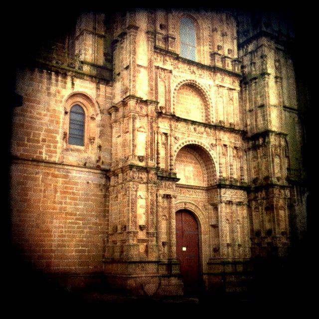 Fachada Norte de la Catedral Nueva