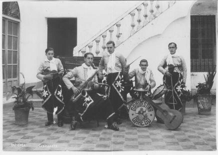 Orquesta Orrego, perteneciente a la Sociedad Liceo de Artesanos. 31/01/1933. Foto: Cabalgante