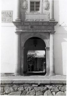 PUERTA DE LA PANIFICADORA.