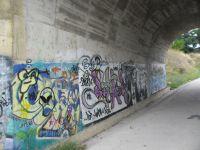 El tunel peatol de acceso al río Alagón en Coria, la Catedral de la Pintada
