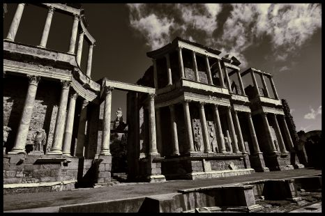 Teatro romano 02