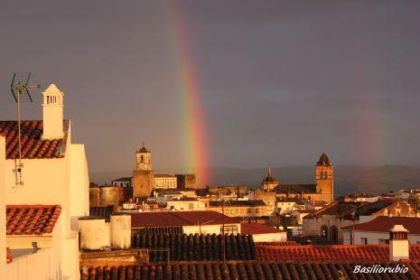 arco iris al atardecer,