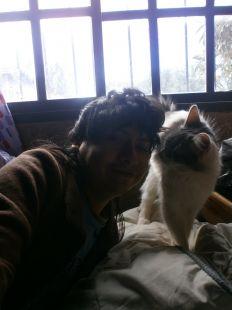 Yashaii Moran and her cat 2