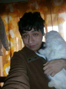 Yashaii Moran and her cat 3