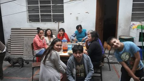 Yashaii Moran and her family